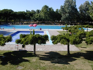El pardo for Piscina el pardo